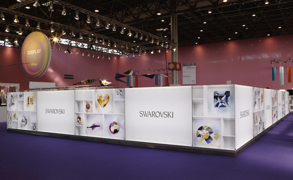 Salon premi re vision accessories paris swarovski for 1ere classe salon